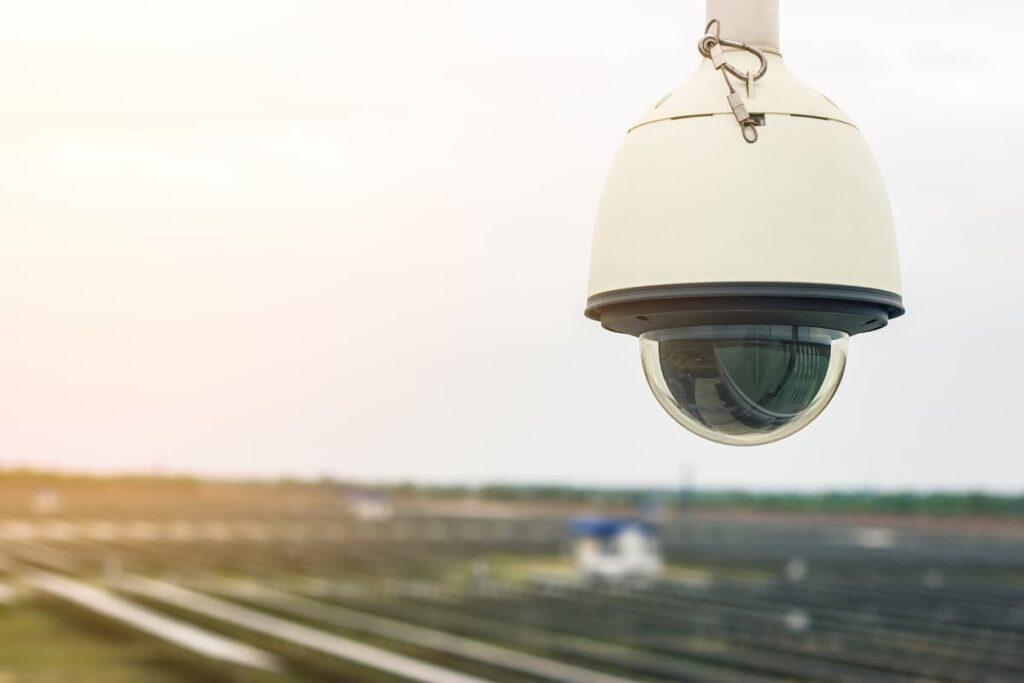 Güneş enerjili kablosuz güvenlik kamerası